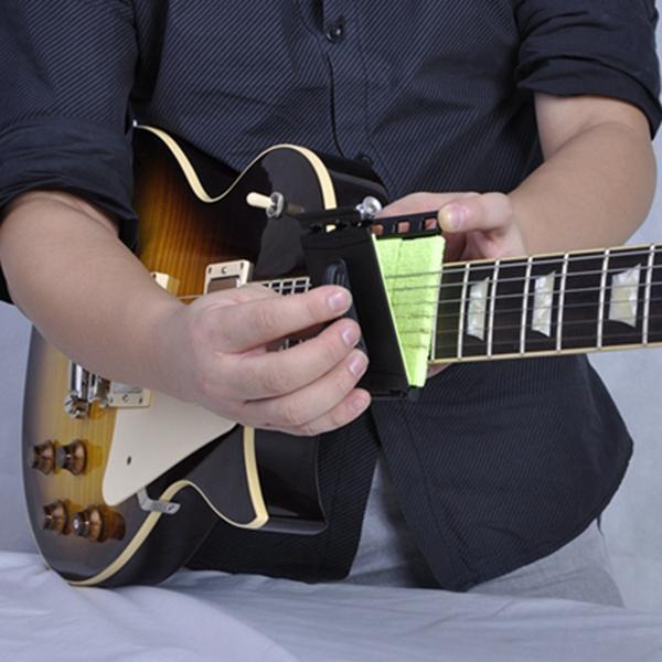 Pro Guitar String Cleaner