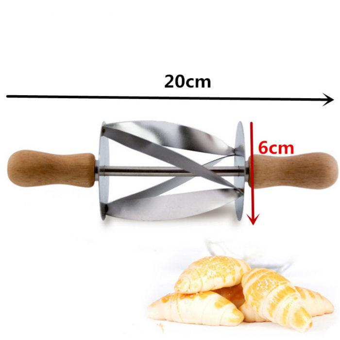 Croissant Cutter