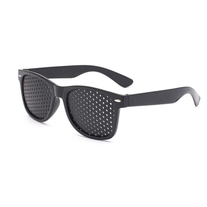 corrective pinhole glasses