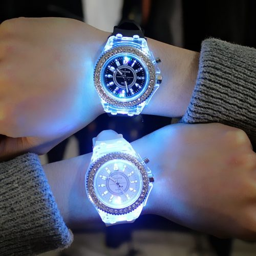 Unisex Luminous Watch LED Wristwatch -v