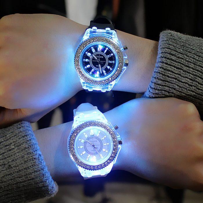Unisex Luminous Watch LED Wristwatch -v