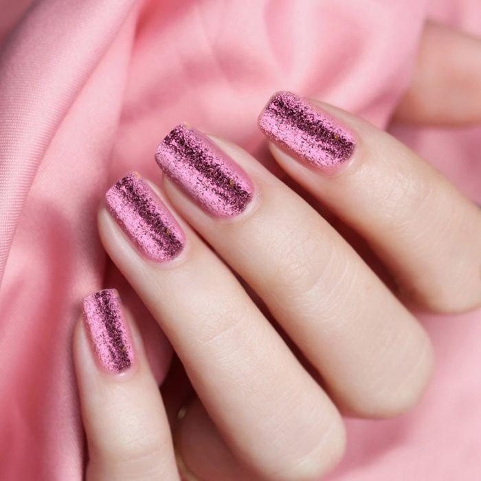 Chrome Nails and Glitter Powder