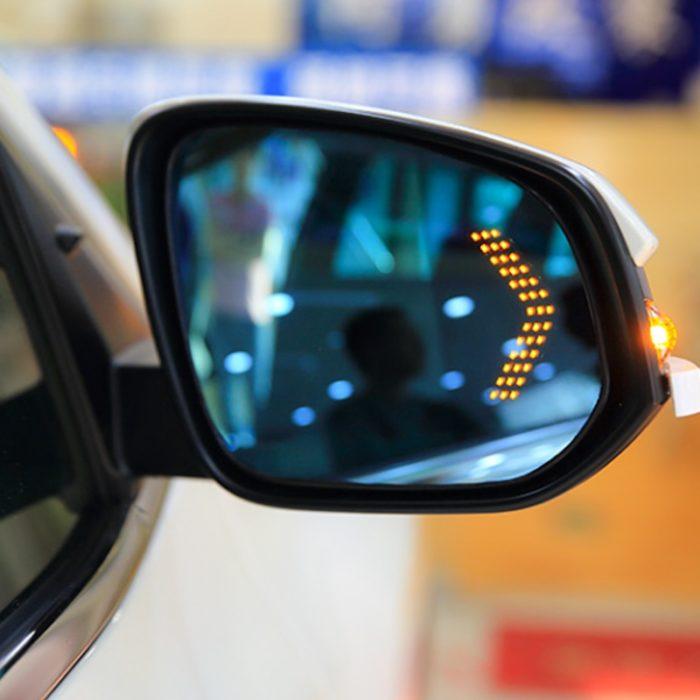 Turn Signal Car Side Mirror Light
