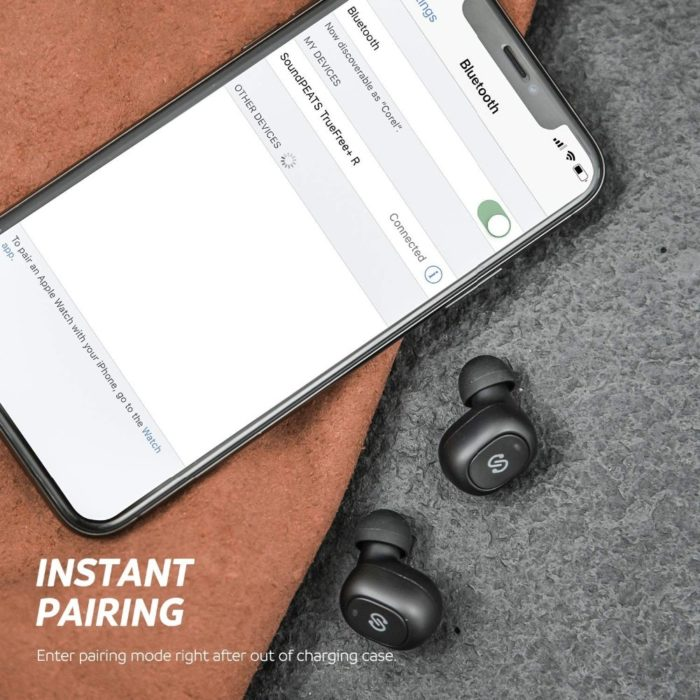 Wireless Earpiece Bluetooth Connection