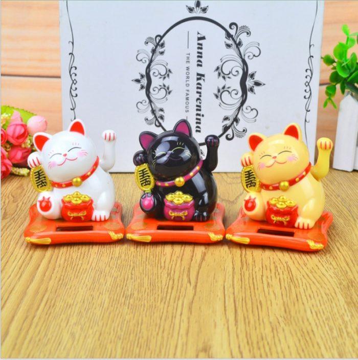 Fortune Cat Maneki Neko Solar Power