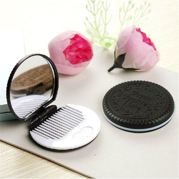 Pocket Mirror Comb Cookie Design