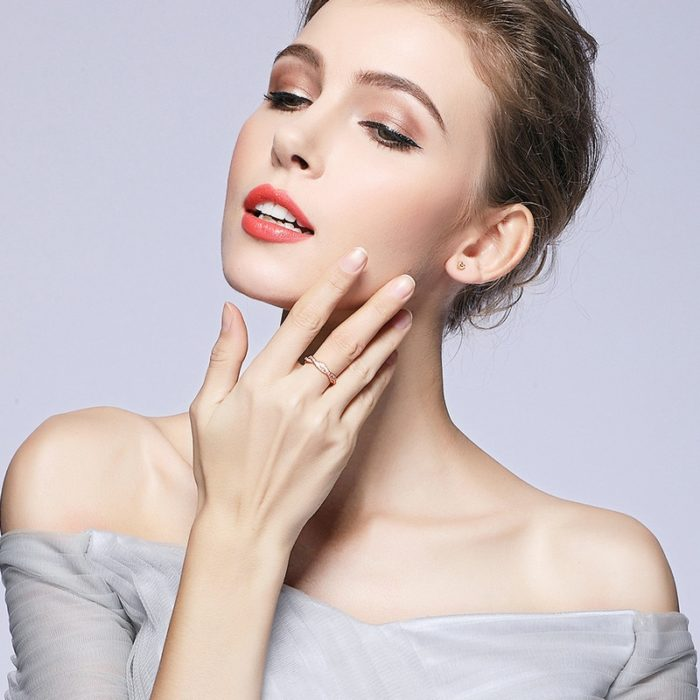 Heart Earrings Ladies Fashion Jewelry