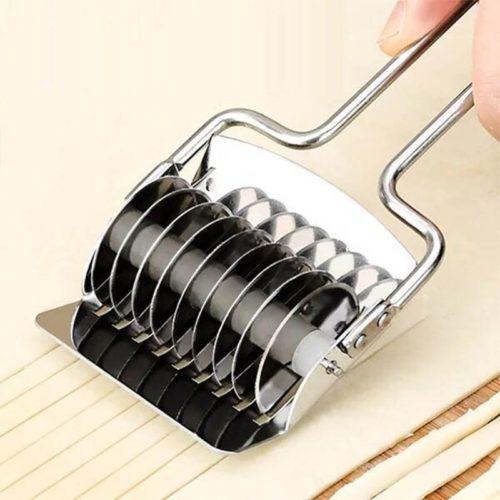 Pasta Cutter Noodle Roller Knife