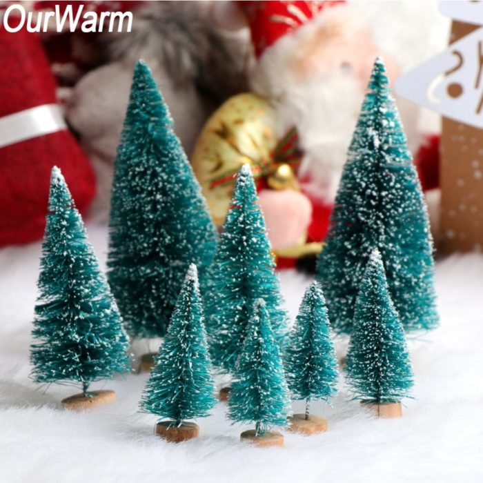 Small Christmas Tree Decoration Set