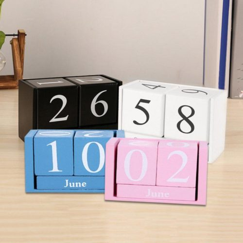 Wooden Calendar Desk Decoration