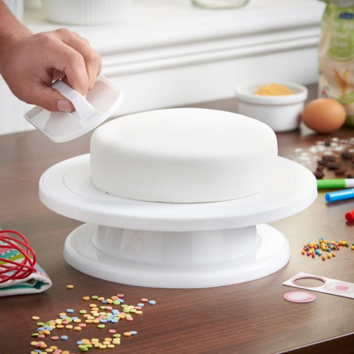Rotating Cake Stand Decorating Tools