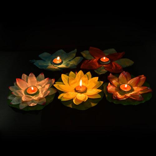Water Lantern Flower-Shaped Floater