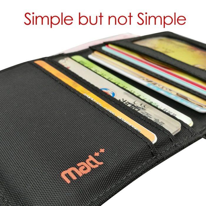 Minimalist Wallet Ultra-Thin Design