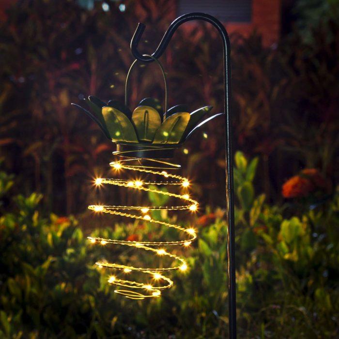 Pineapple Outdoor Light Solar Lamp