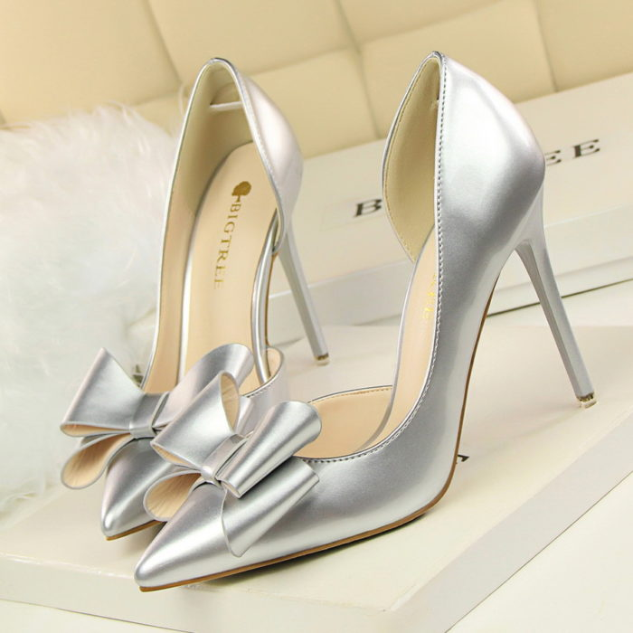 Pointed Toe Pumps Bowknot Decoration