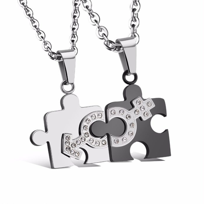 Matching Necklace For Couples Puzzle Design