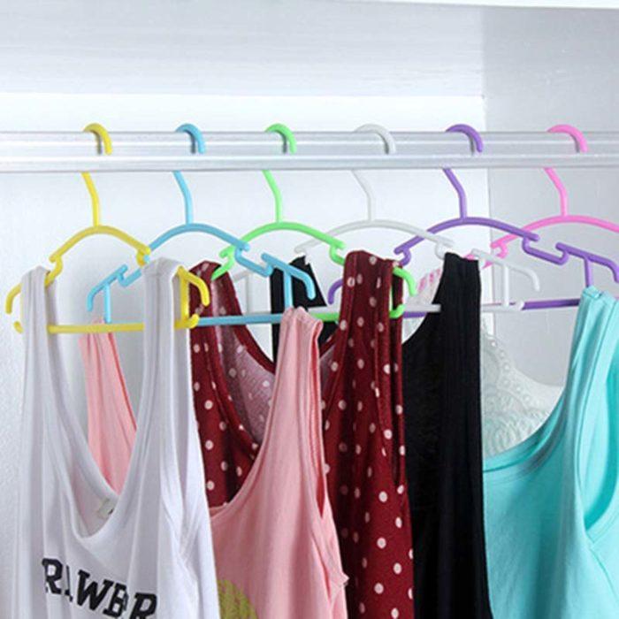 Plastic Clothes Hangers Coat Hanger
