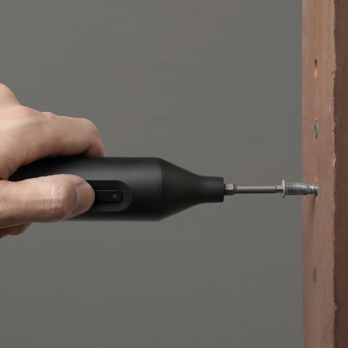 Automatic Screwdriver Replaceable Screw Head