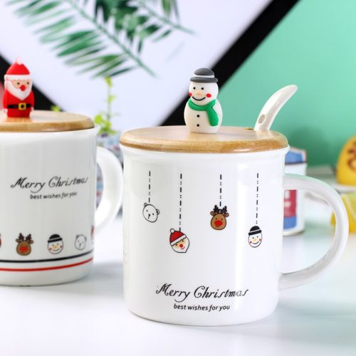 Christmas Coffee Cup with Lid and Spoon