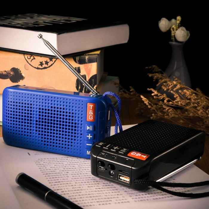 Solar Powered Speaker with FM Radio