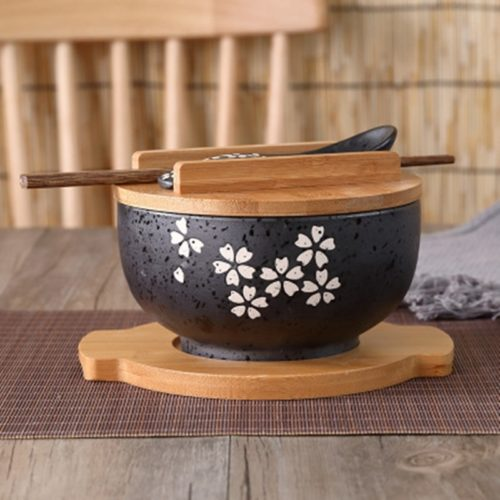 Noodle Bowl with Chopsticks and Spoon Set