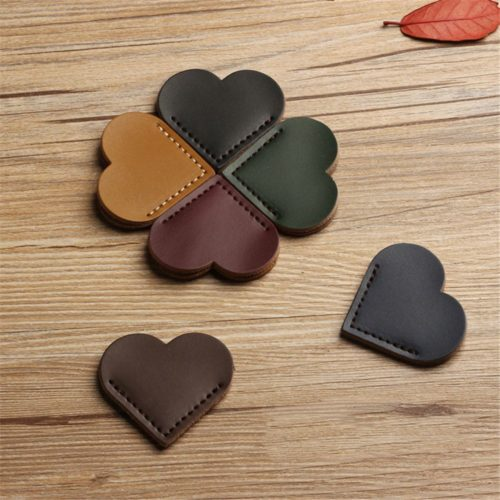 Corner Bookmarks Leather Hearts (2pcs)