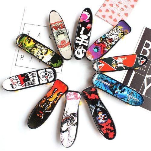 Finger Skateboards Mini Toys (10pcs)
