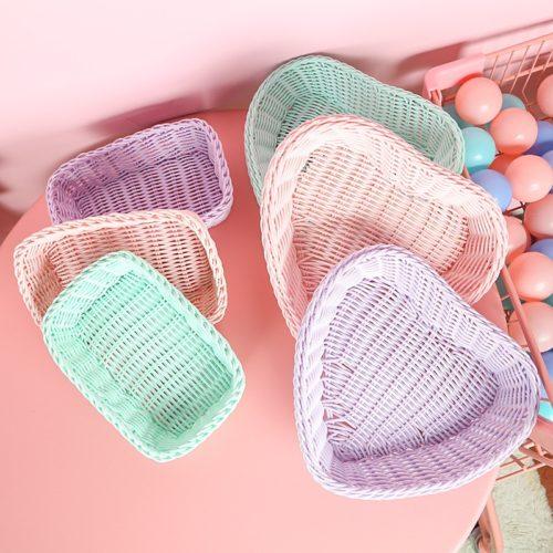 Plastic Rattan Basket Heart-Shaped Tray
