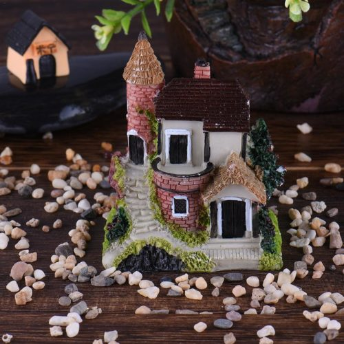 Mini Garden House Resin Ornament