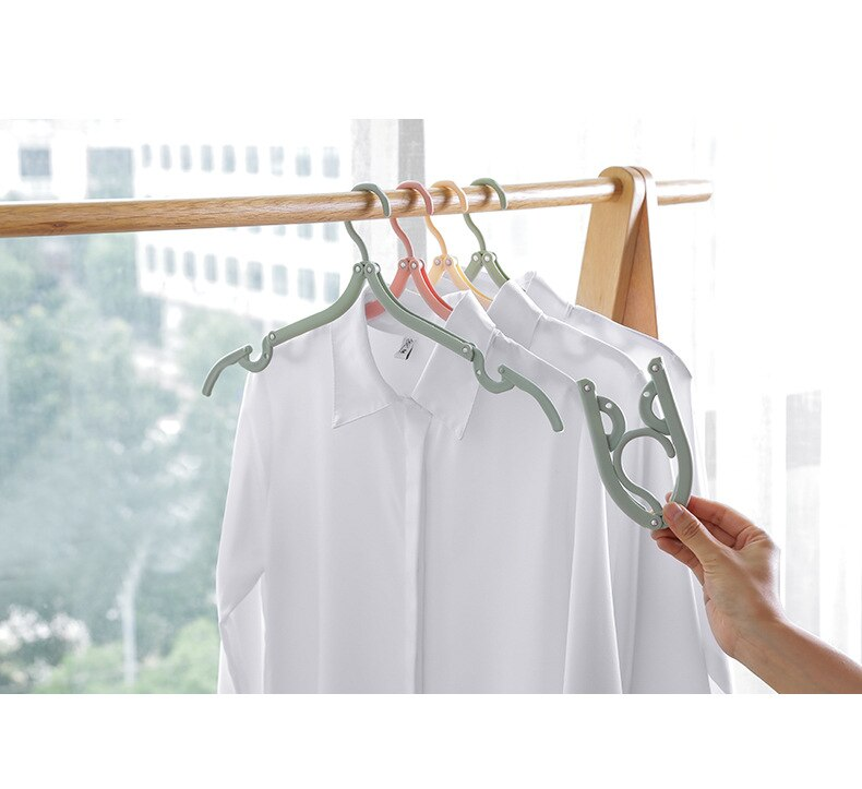 8 Pcs Folding Hanger Clothes Drying Rack Outdoor Portable Travel Hanger Household Foldable Non-slip Hangers for Clothes