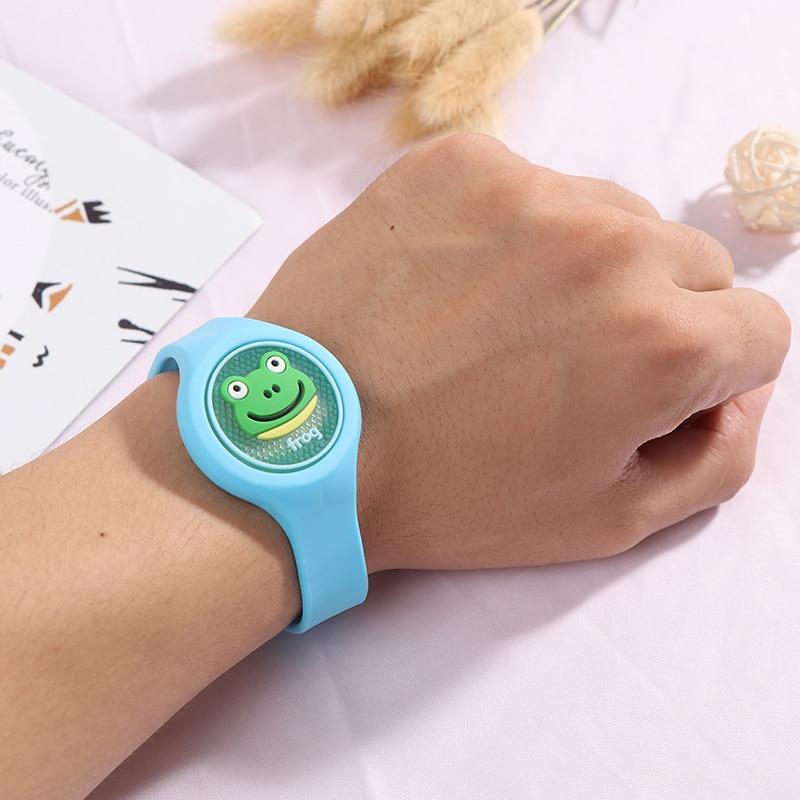 1PCS Children's Cartoon Mosquito Repellent Bracelet Plant Essential Oil Mosquito Repellent Ring Wristband Watch