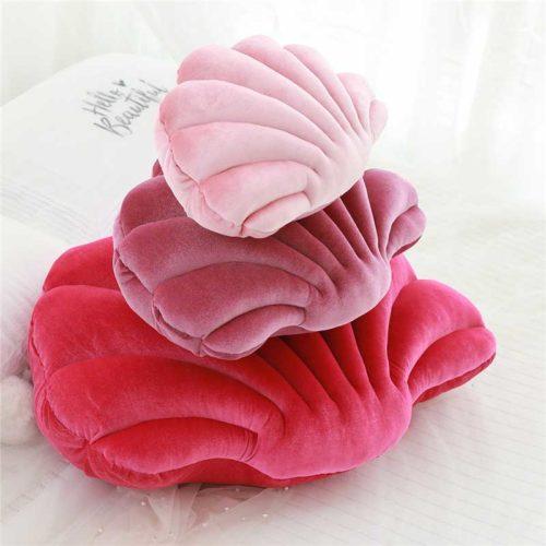Shell Pillow Velvet Seat Cushion