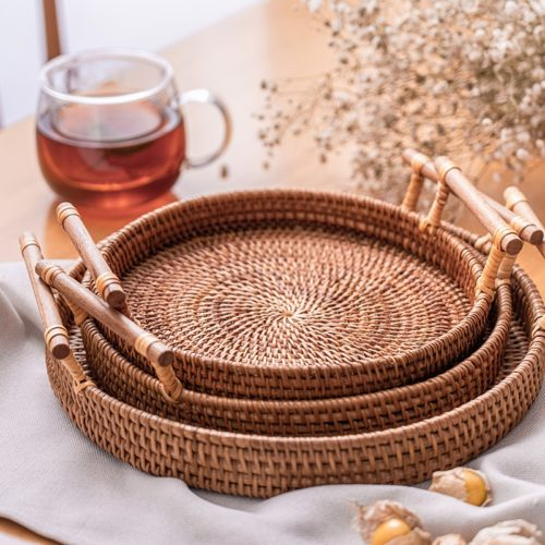 Round Wicker Tray with Wooden Handles