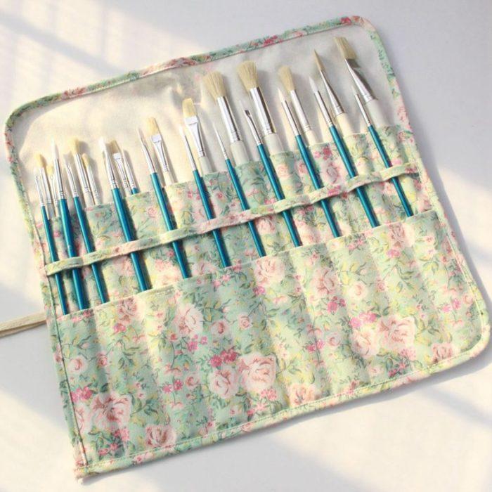 20-Slot Roll-Up Paint Brush Bag