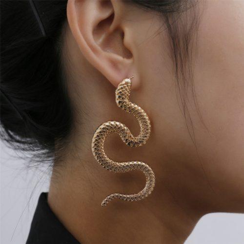 Ladies Fashionable Stud Snake Earrings