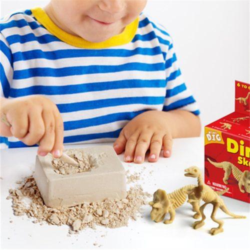 Dinosaur Digging Toy Excavation Kit