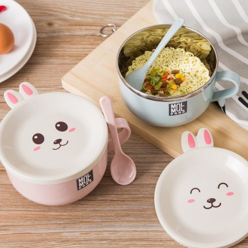 Noodle Bowl with Lid and Spoon
