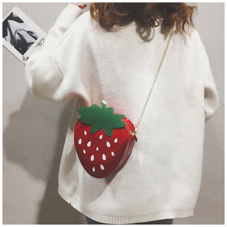 Women Shoulder Bag Strawberry Shape Designer Bag 2020 Fashion Pu Leather Chain Crossbody Bag Girls Cute Fruit Purses and Handbag