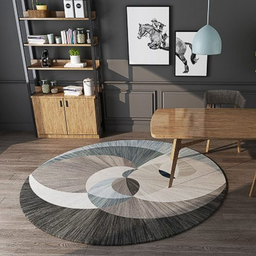 Round Rug with Geometric Pattern