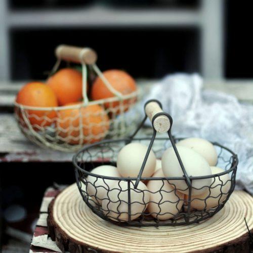 Retro Wooden-Handled Wire Egg Basket