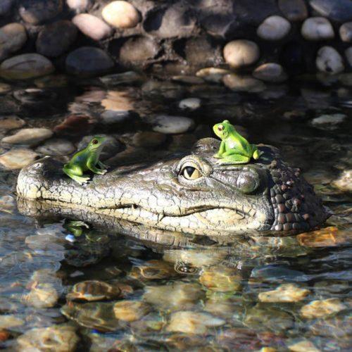 Fake Alligator Floating Head Decor