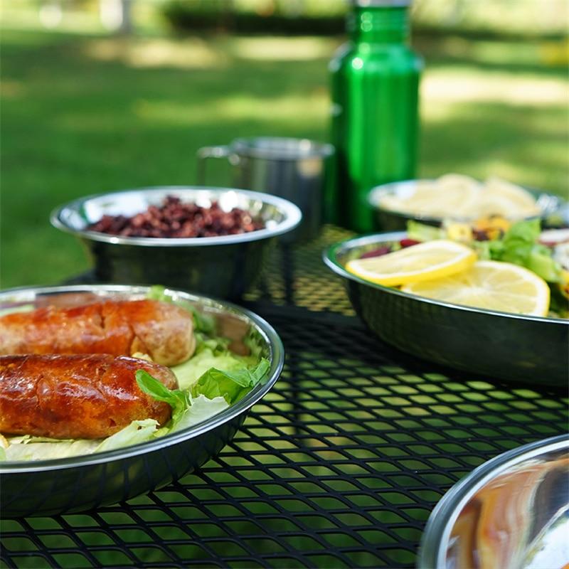 picnic plates set