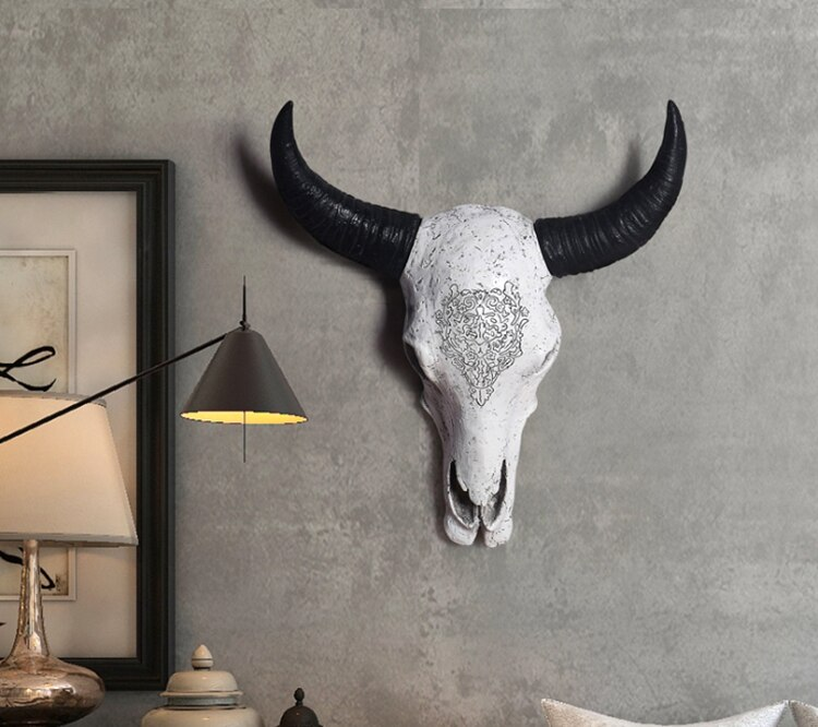 Long Horn Cow Skull Head Wall Hanging Decoration 3D Animal Wildlife Resin Sculpture Figurines Crafts Horns For Home Ornaments