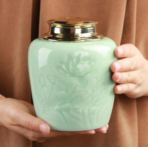 Chinese Retro Ceramic Tea Canister